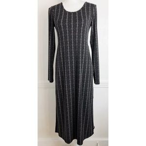 BCBGeneration • Black White Pattern Slit Dress